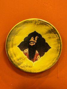بشقاب سفالی  دیوارکوب طرح قاجاری  کد 180