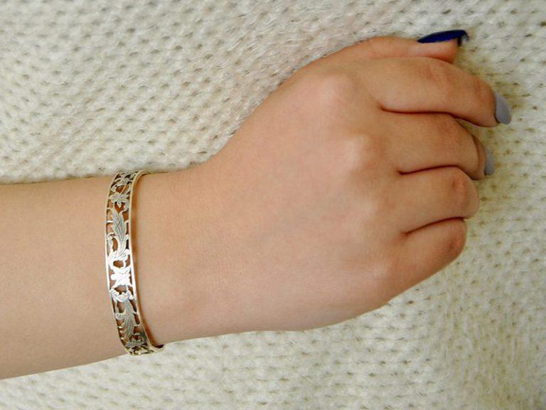 دستبند نقره قلم زنی شده کد 149